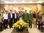 Lãnh đạo Nhà xuất bản Chính trị quốc gia Sự thật chúc mừng Ngày Nhà giáo Việt Nam